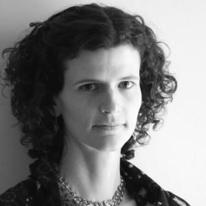 portrait of Jennifer Kingsley in black and white