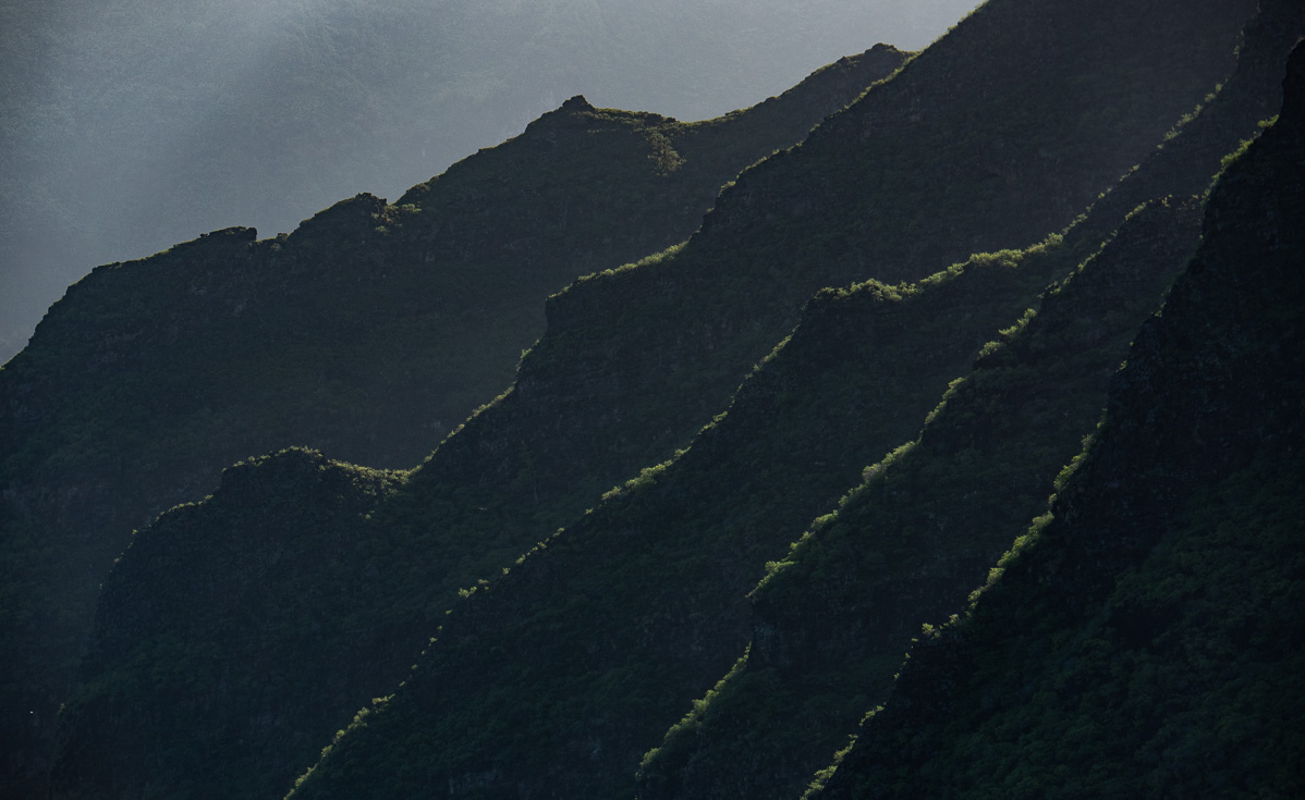 A mountain range in the South Pacific